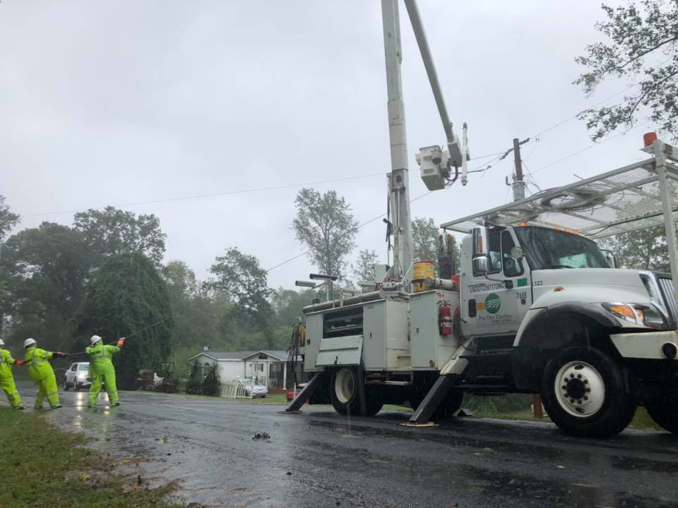 N C Co Op Crews Working To Restore Growing Number Of Outages From